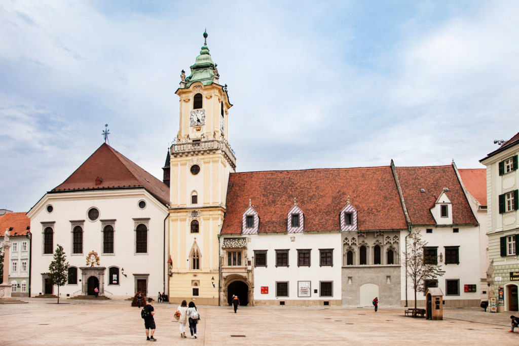 Pawera House - Vecchio Municipio di Bratislava in Piazza Maggiore