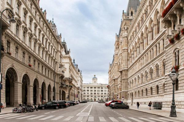 Retro del municipio di Vienna - Zona a Nord di Mariahilfer