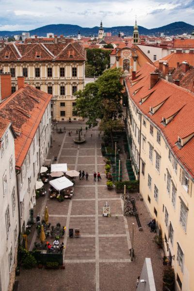 Salita Pedonale alla torre dell'orologio - Vista dall'alto della Schlossberg Platz
