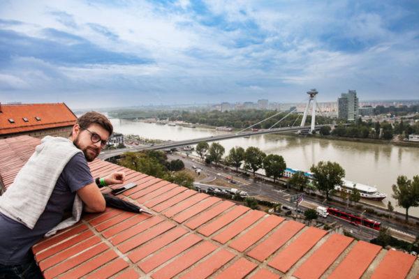 Stefano e Panorama sul Danubio