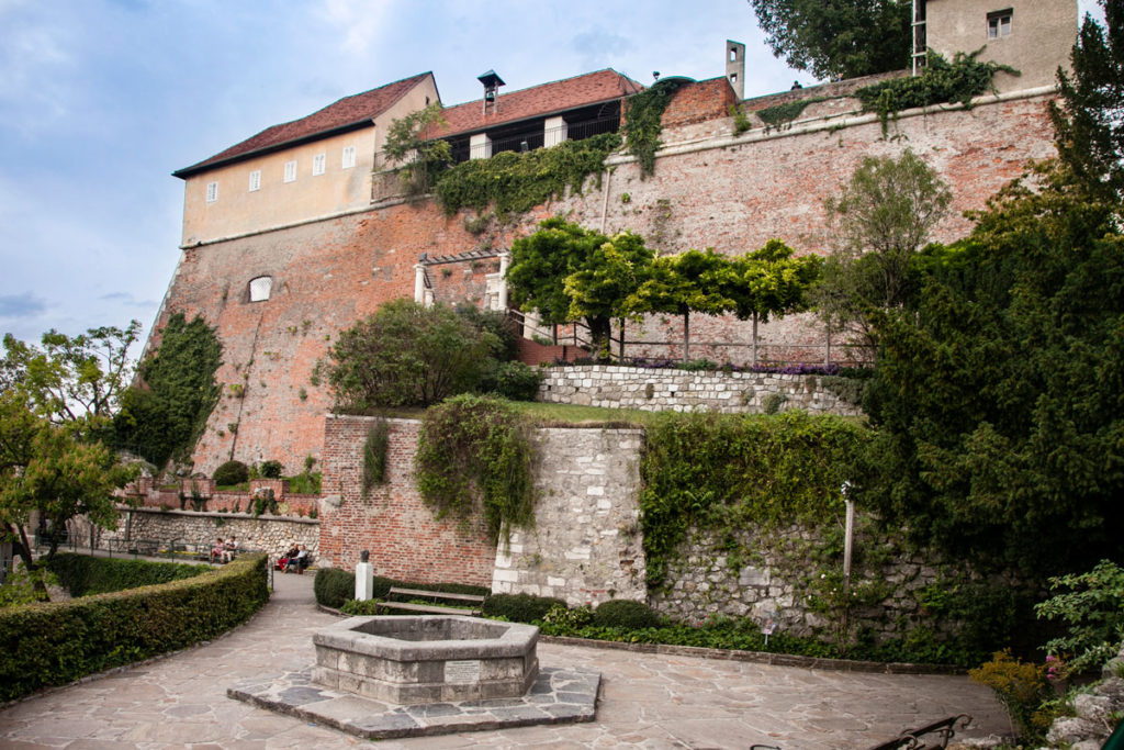 Sul Monte Schlossberg - Castello Graz - Bastione Stabile