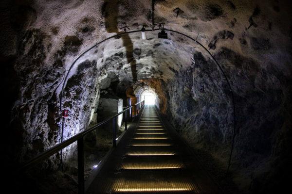 Tunnel sotterranei scavati nella roccia