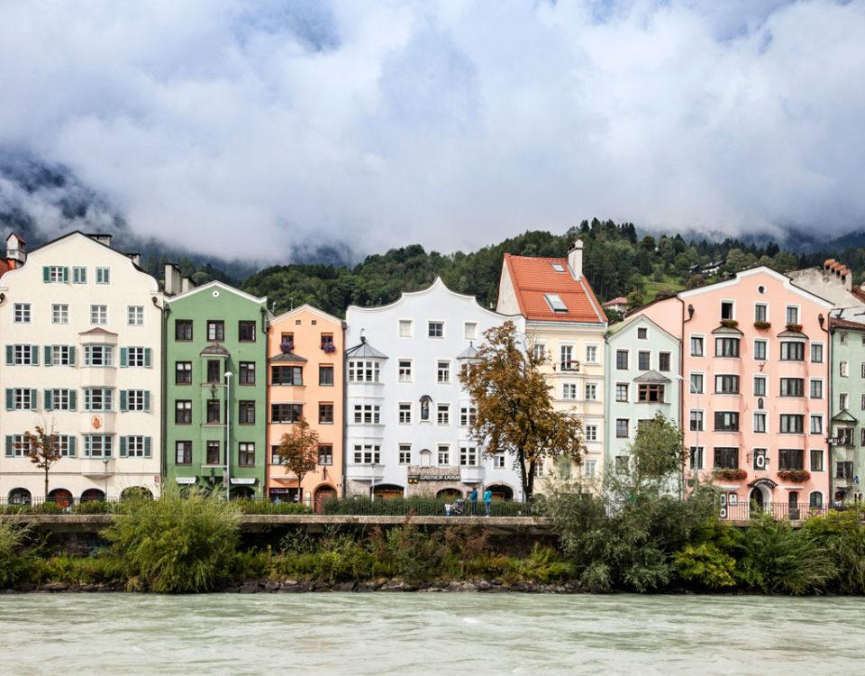 Abitazioni sul Fiume Inn dal centro storico di Innsbruck