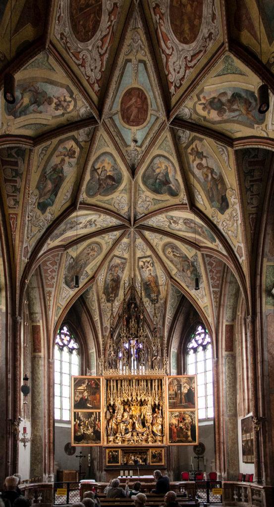 Altare di Pacher e Soffitto della Pfarrkirche