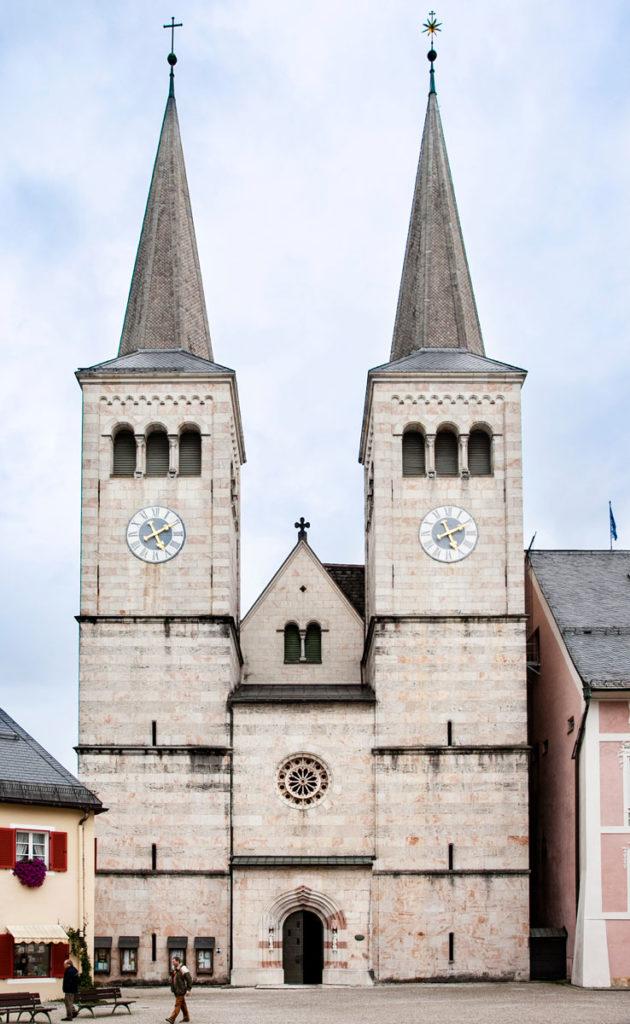 Berchtesgaden - Facciata della Stiftskirche St Peter und Johannes der Taufer