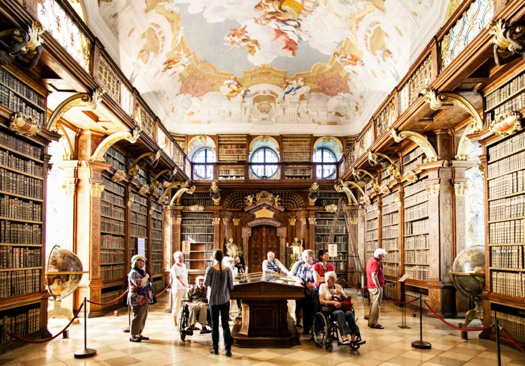 Biblioteca Abbazia di Melk - 100000 volumi