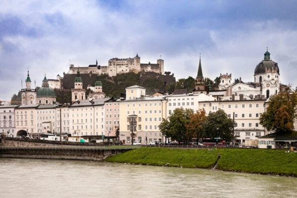 Città Vecchia e Fortezza dal Fiume Salzach