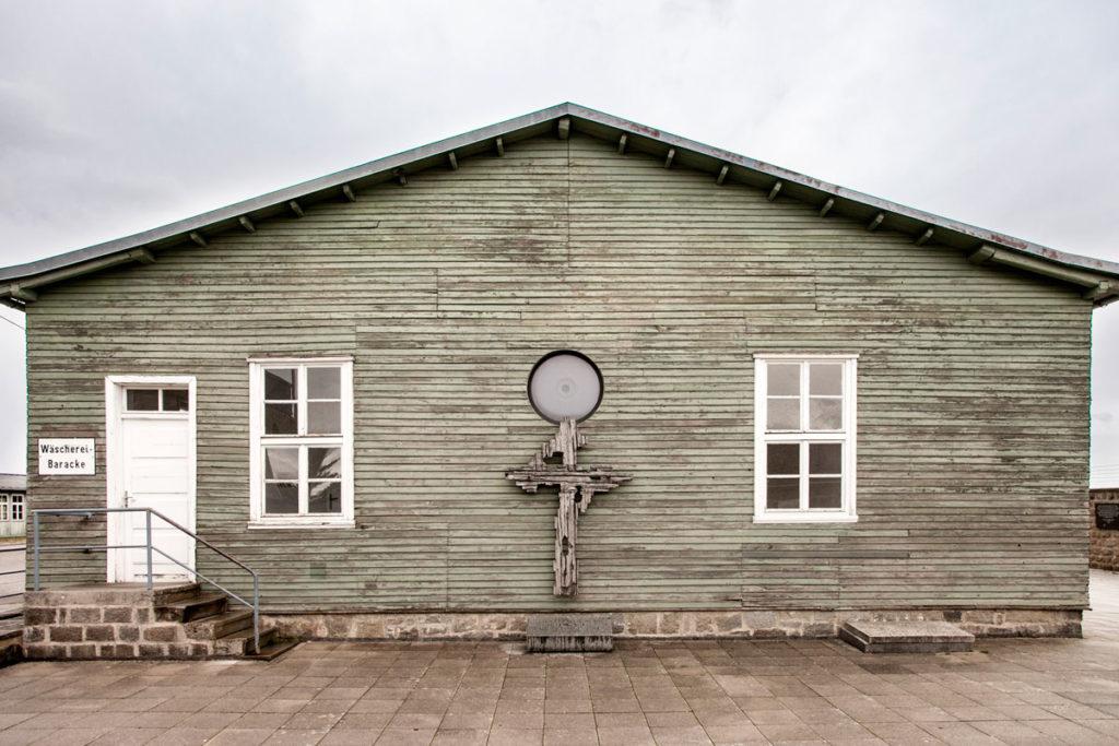 Croce Commemorativa sulla Baracca della lavanderia - Mauthausen
