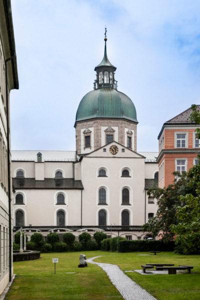 Cupola Jesuitenkirche dal Giardino del Campus Universitario