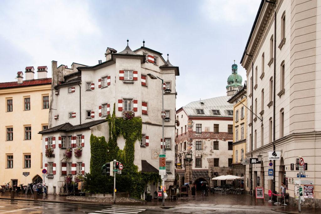 Ottoburg - Torre Residenziale Tardo Gotica