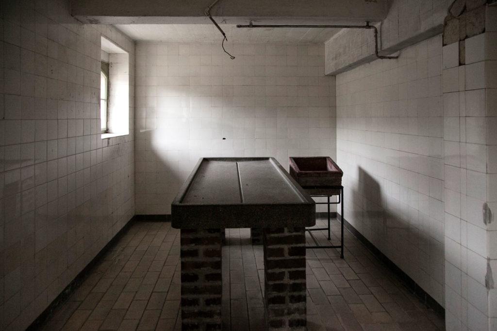 Sala con tavolo per autopsie - Mauthausen