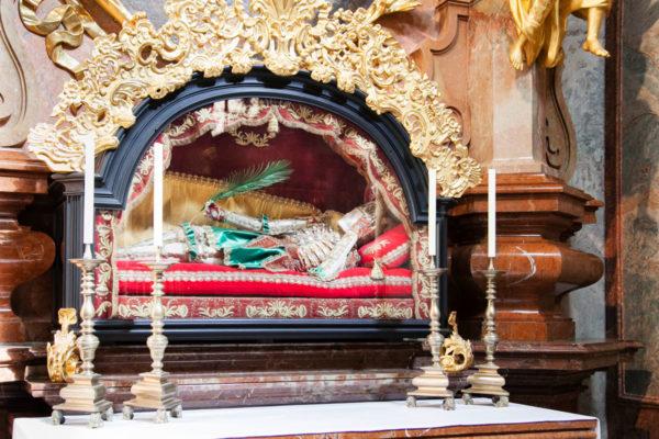 Sarcofago con ossa di St Koloman - Chiesa della Collegiata di Melk