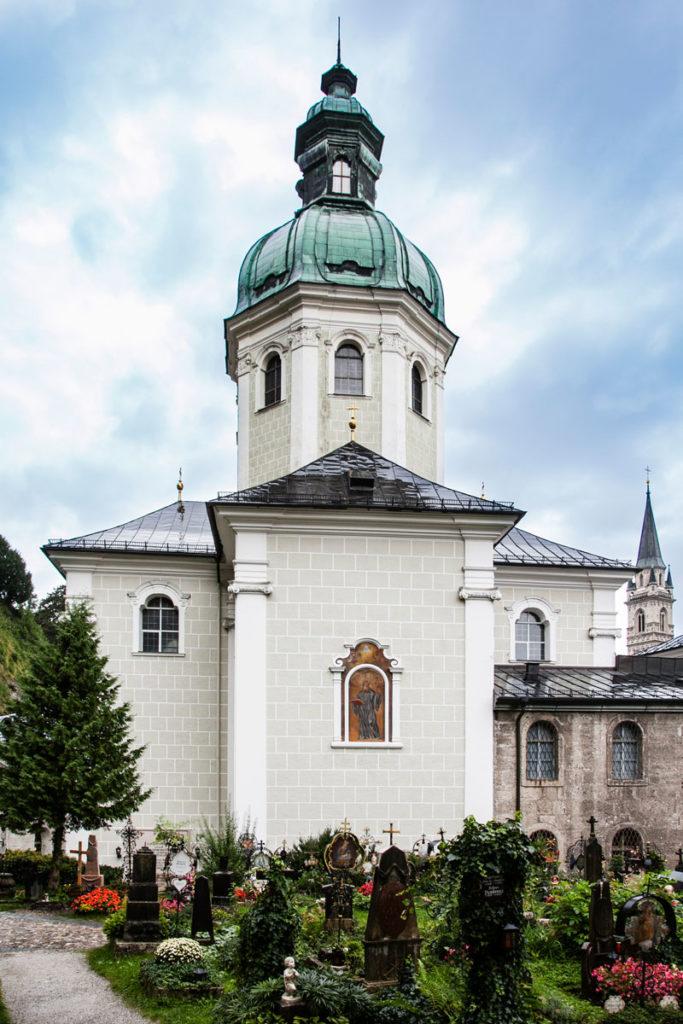 St Peter - Chiesa con il cimitero più famoso di Salisburgo