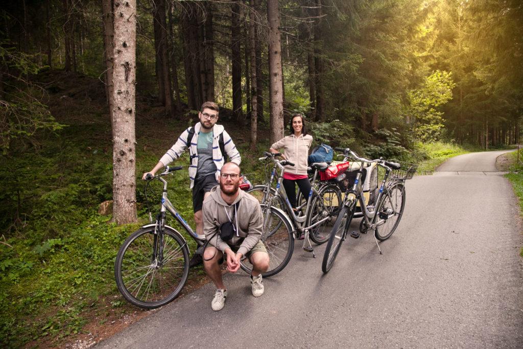 Amici sulla pista ciclabile tra Dobbiaco e Lienz - Bici Papin Sport