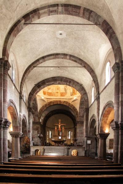 Panche e Volta - Dentro la chiesa di San Candido e San Corbiniano