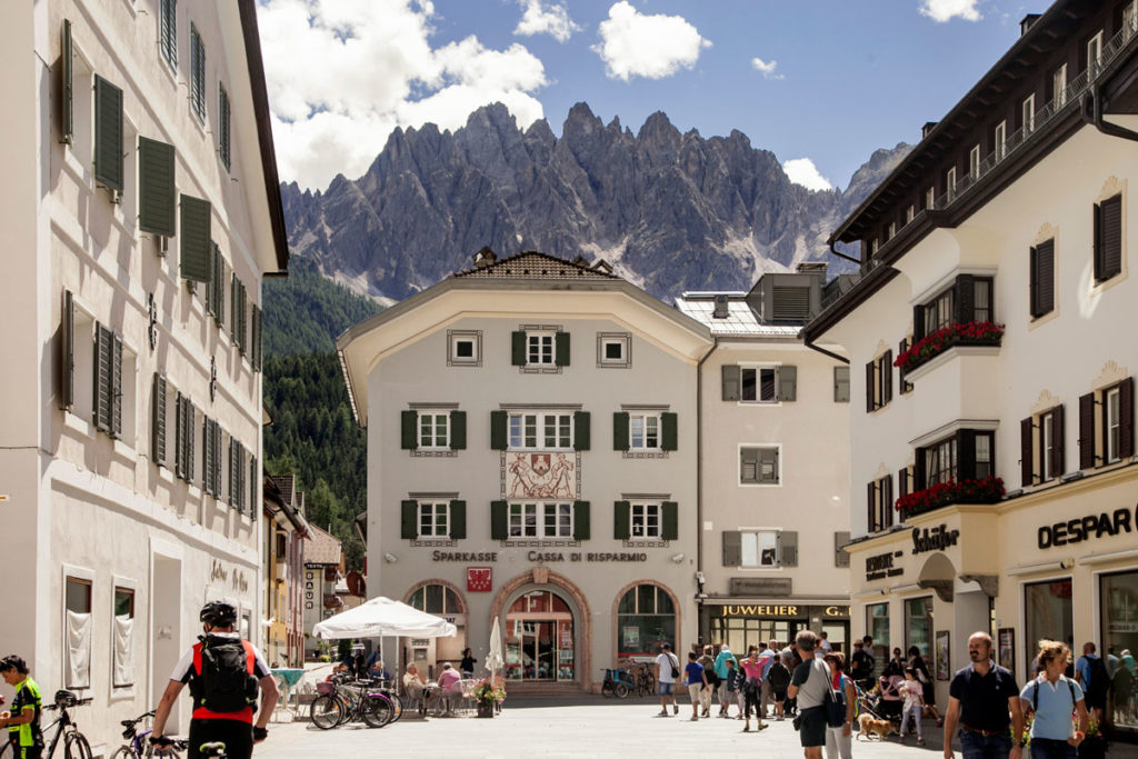 Piazza San Michele - Cosa Vedere a San Candido - Trentino Alto Adige