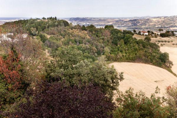 Valle del fiume Foglia dal borgo di Mondaino