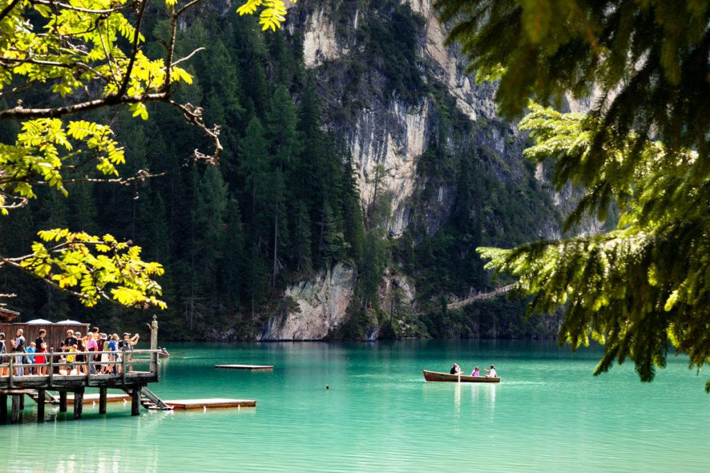 Acqua verde della Perla delle Dolomiti