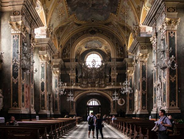 Interni del Duomo di Bressanone - Organo e Ingresso