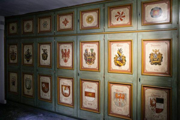 Pannelli in legno del Museo della Farmacia - Brixen