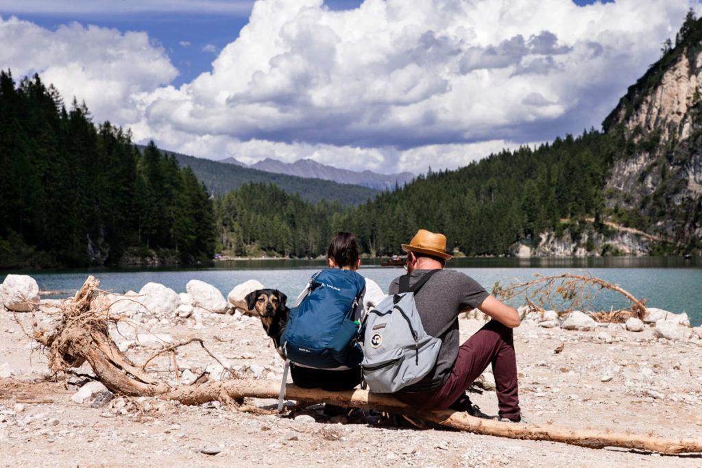 Relax sul lago - Coppia con Cane