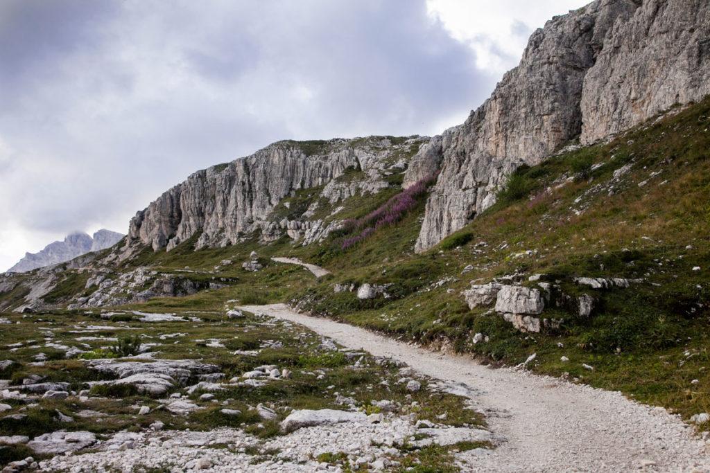 Sentiero verso il rifugio Locatelli - Un Giorno alle Tre Cime del Lavaredo
