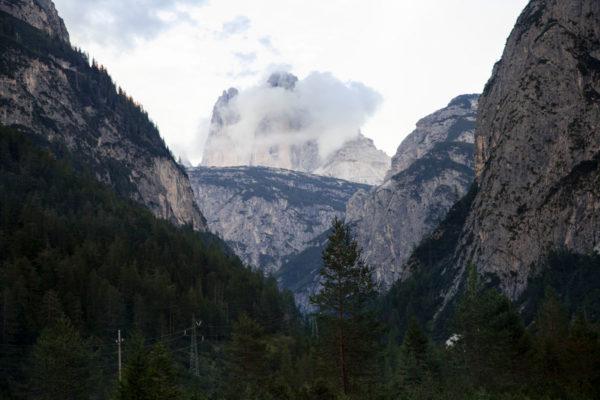 Tre cime del Lavaredo tra le nuvole - UNESCO World Heritage
