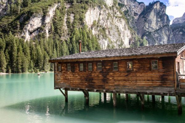 Un giorno al lago di Braies - il lago verde delle Dolomiti
