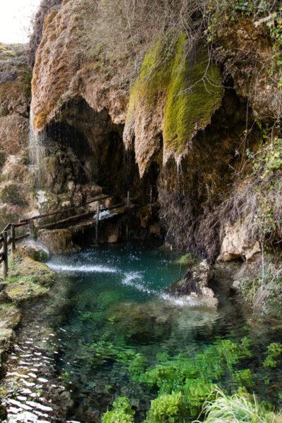 Imbocco delle grotte di Labante - Castel d'Aiano