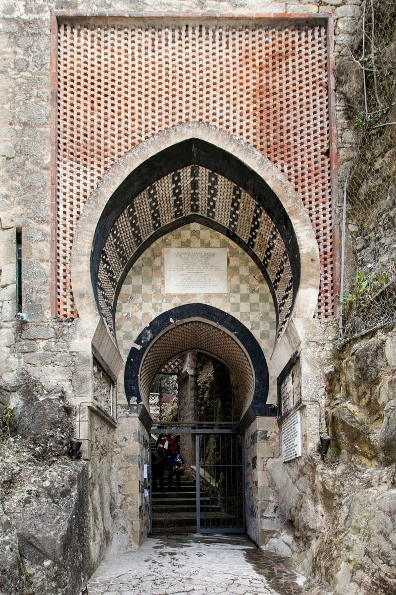La rocca dalle forme arabeggianti - Bologna
