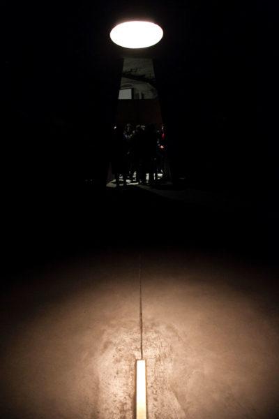 Luce rivolta verso Gerusalemme nel luogo di Riflessione - Sala Conica diametro 10 metri