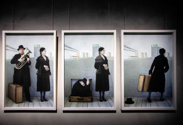 Paolo Ventura - Progetto Fotografico ironico - The man in the suitcase 2 - 2 parte