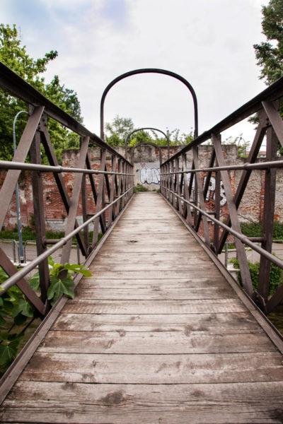 Ponte Pedonale sul naviglio piccolo di Milano