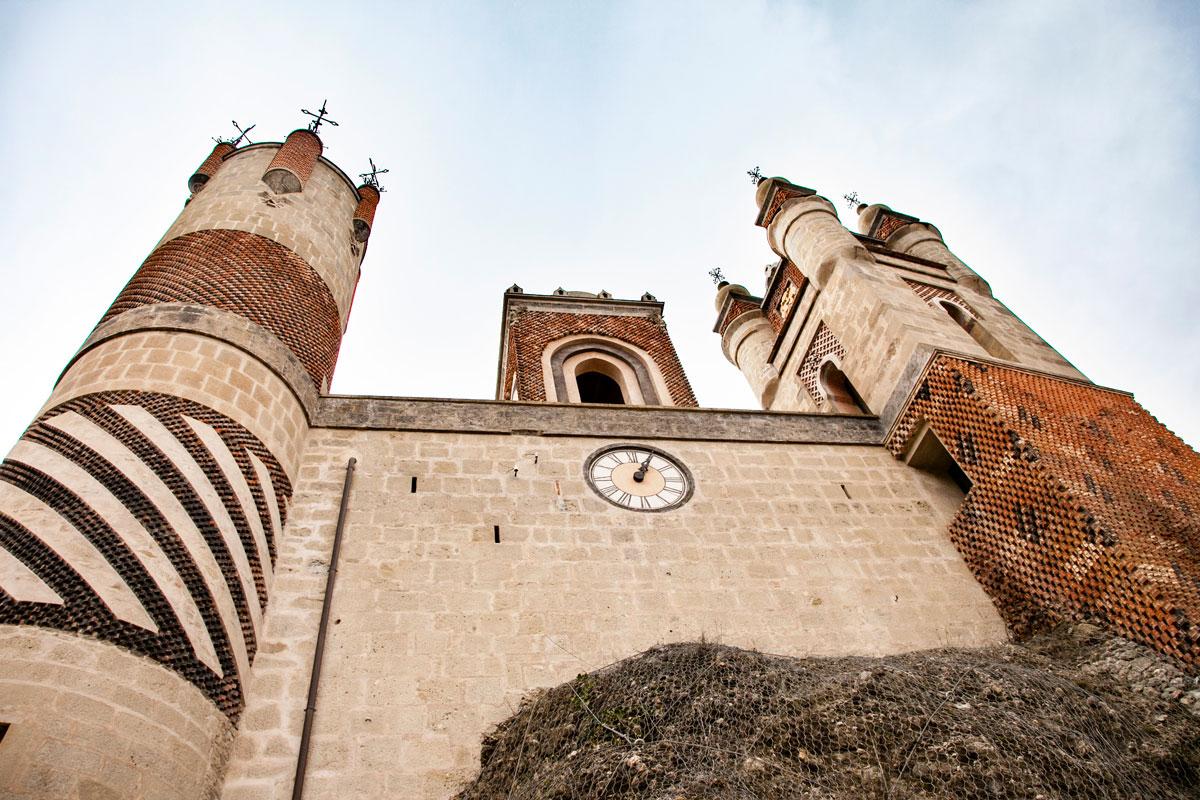 Rocchetta Mattei - Un Castello Arabo a Bologna