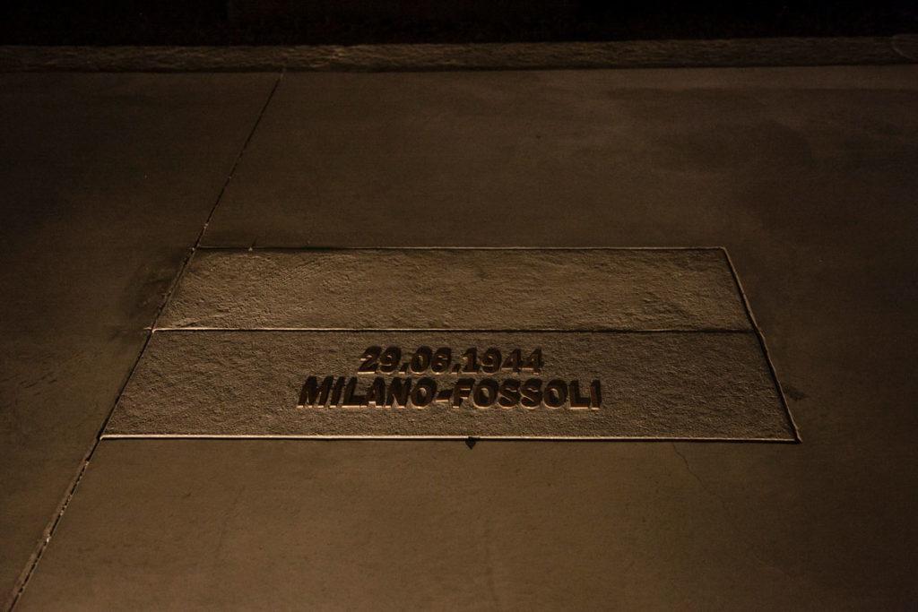 Targa a Commemorazione dei viaggi della deportazione - Binario 21 Milano