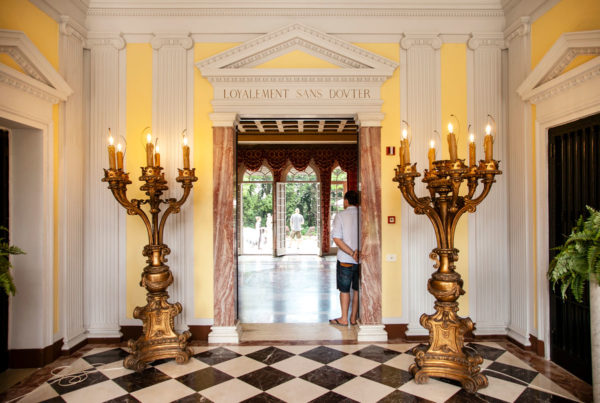 Candelabri e interni - Villa per eventi e matrimoni - Rimini