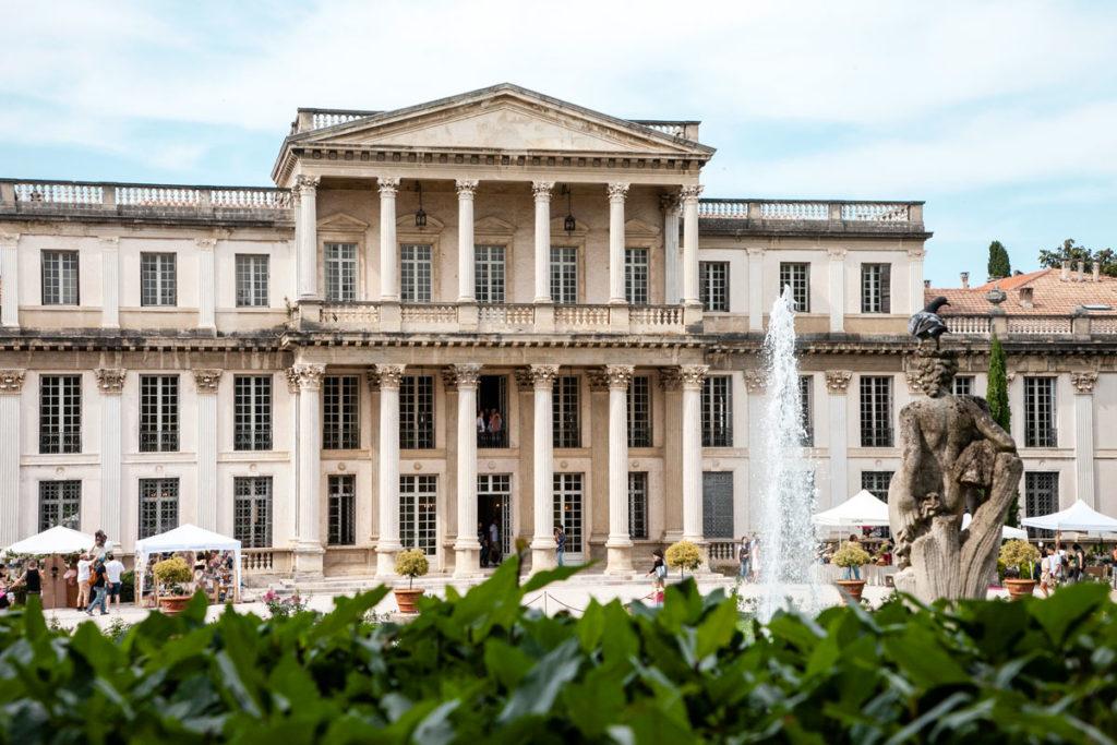 Colonnato e ingresso a Villa des Vergers - Entroterra riminese