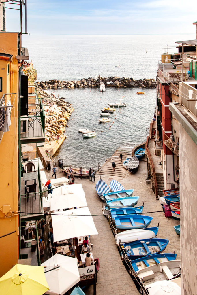 Costa di Campione - Barche Attraccate a Riomaggiore - Le Cinque Terre