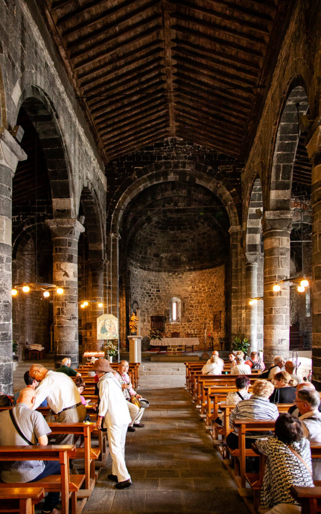 Interni chiesa di Santa Margherita di Antiochia - Vernazza