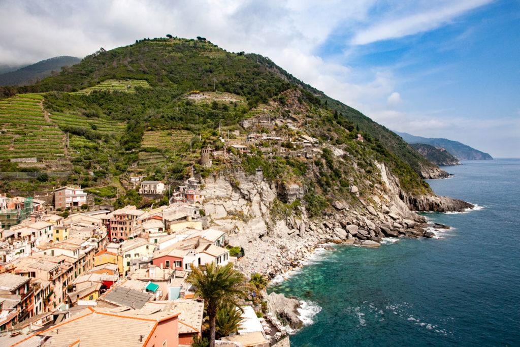 Le costa frastagliata delle Cinque Terre - Liguria