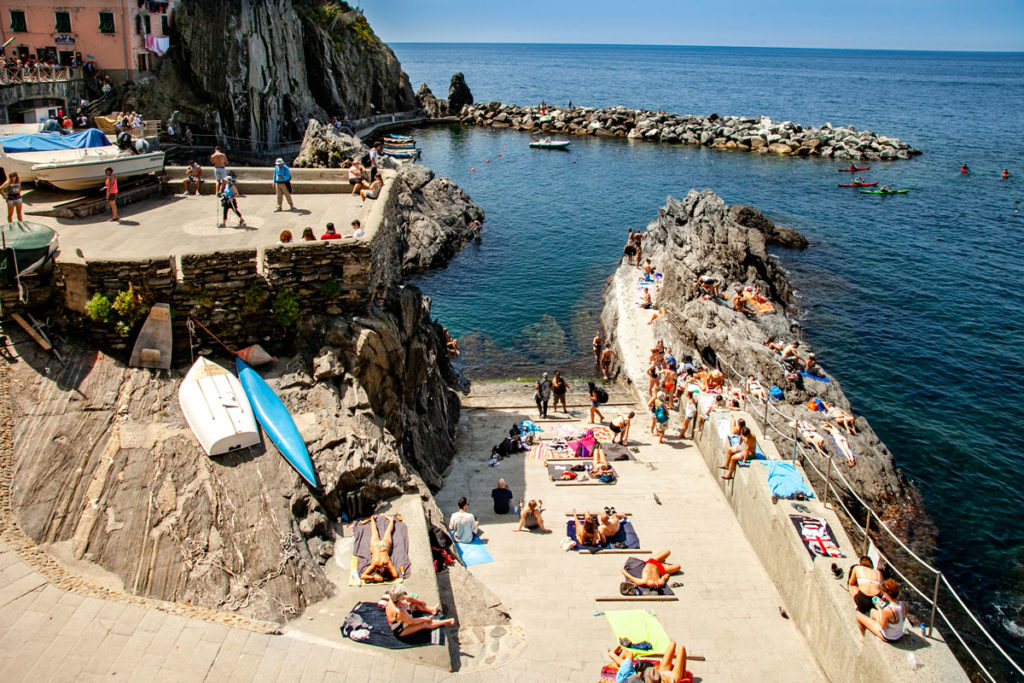 Relax in spiaggia a Manarola - Le Cinque Terre