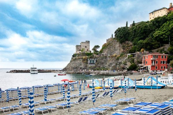 Spiaggia del Borgo Storico di monterosso al mare