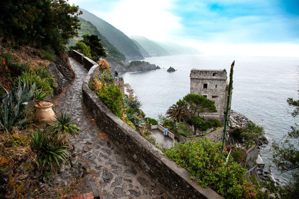 Torre Aurora dalla via delle Agavi - Monterosso al Mare - Cinque Terre
