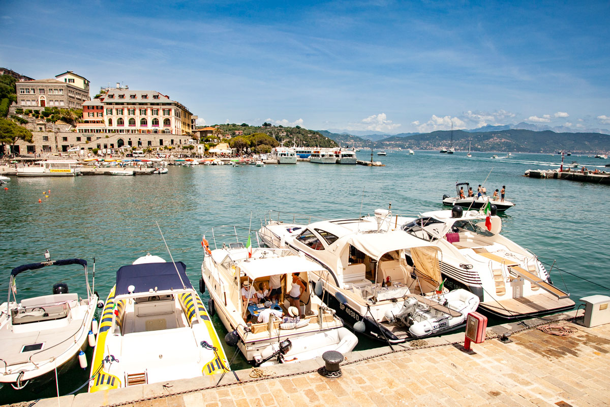 Il Porticciolo di Portovenere e il municipio