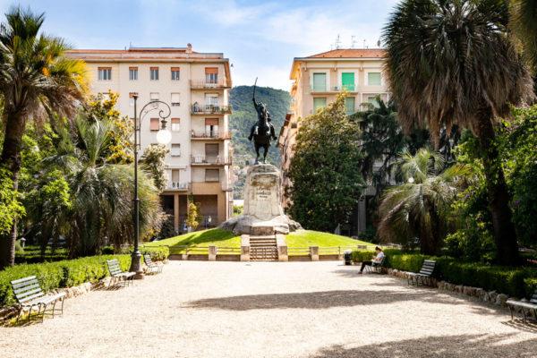 Monumento a Garibaldi nei Giardini Pubblici - La Spezia