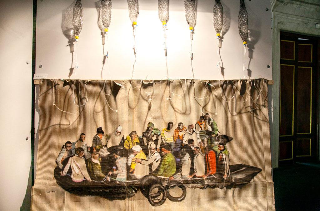Gianfranco Gentile - Vita di Cartone - Arte a Lucca Biennale Paper Art Design