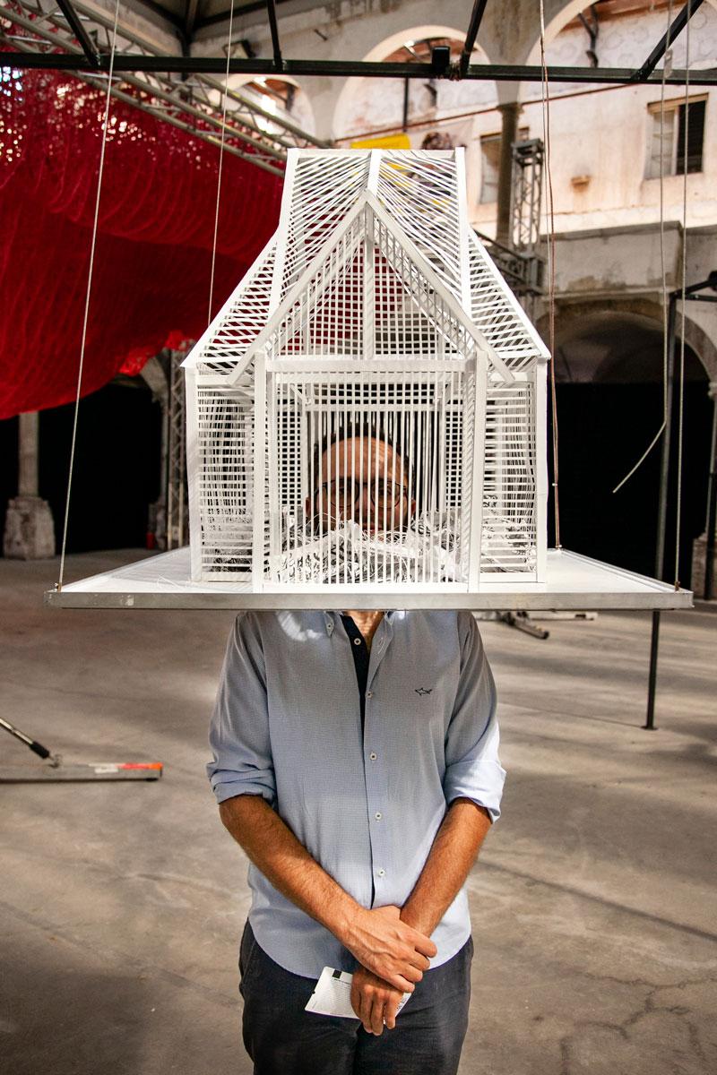 House of Cards - Festival della Carta - Lucca Paper Art Design