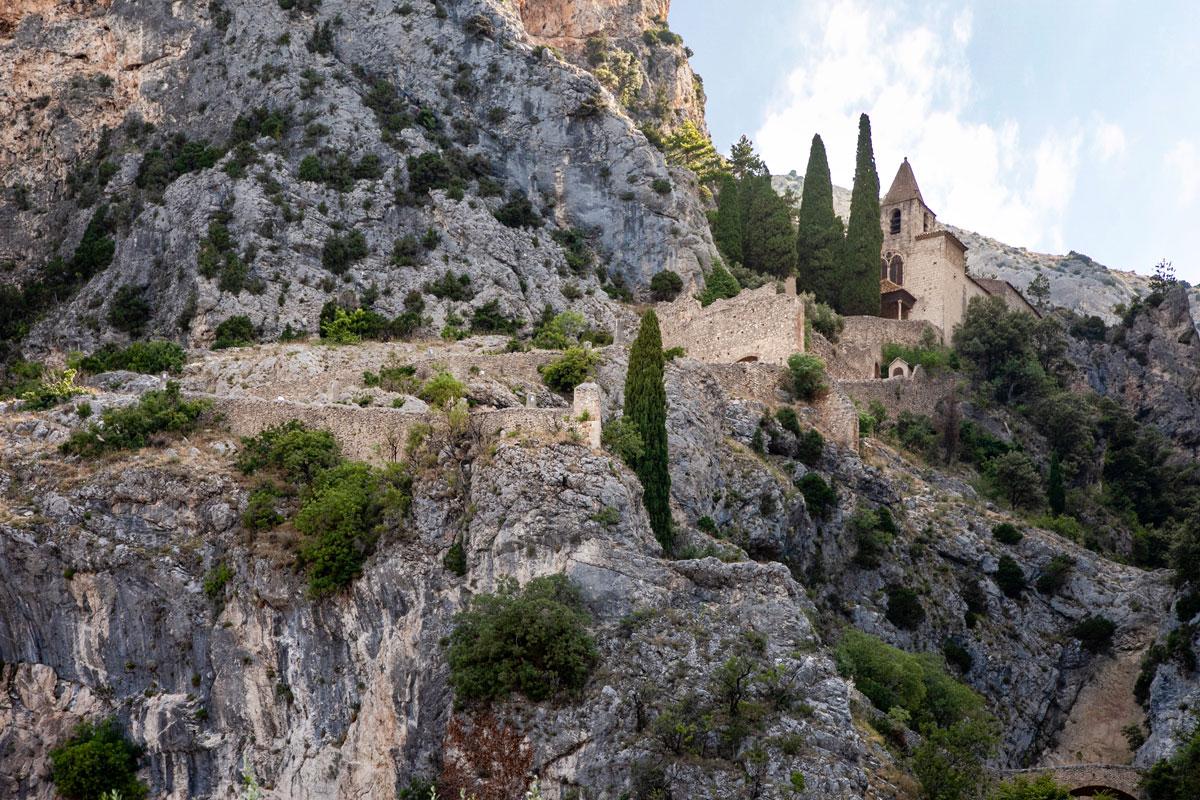 200 scalini per la Chapelle Notre Dame de Beauvoir - Moustiers Sainte Marie