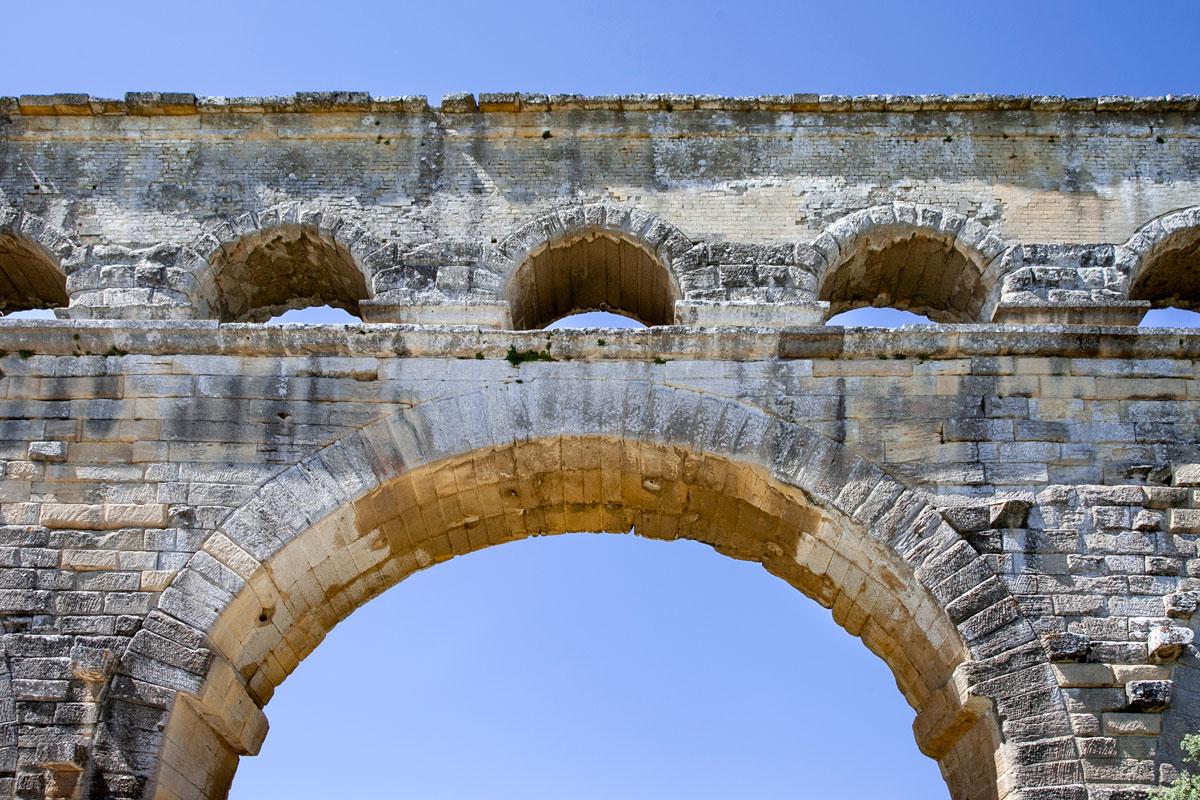 Archi acquedotto romano - Terzo livello dove scorreva l'acqua
