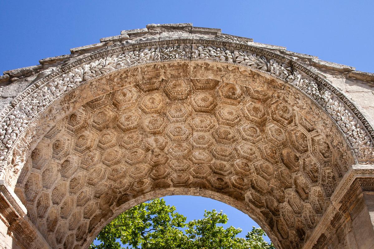 Arco di Trionfo che segnala ingresso di Glanum - Saint Remy de Provence